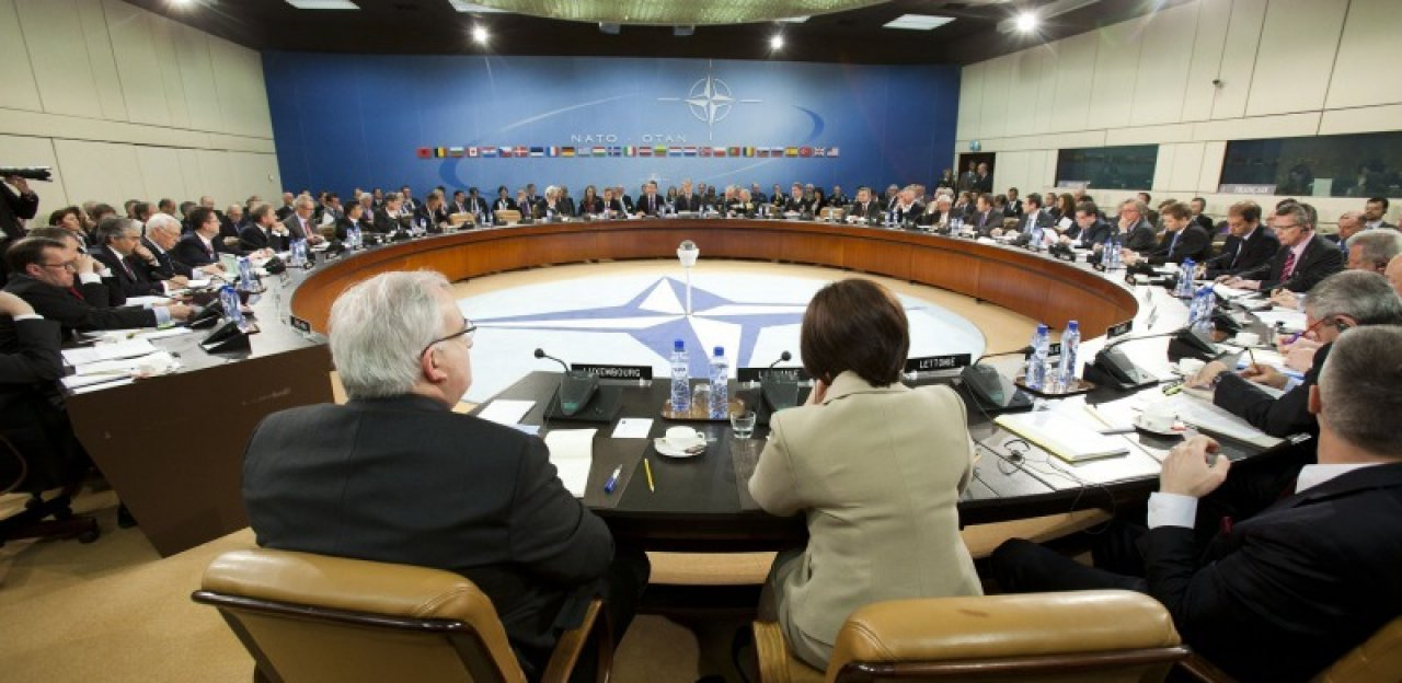 north atlantic council meeting - 800×533