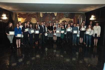 Ekaterina Zaharieva Presents NATO's Youth Ambassadors with Awards