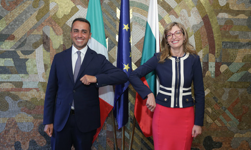 Bulgaria, Italy: Only a United EU Can Tackle the Crisis