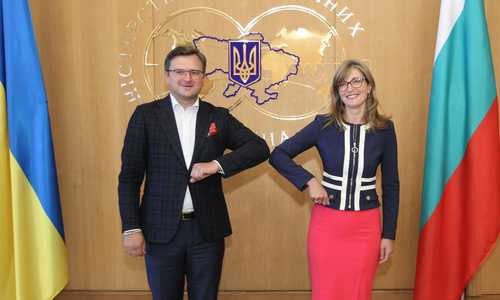 Ekaterina Zaharieva reconfirmed Bulgaria's full support for the territorial integrity of Ukraine in a telephone conversation with Dmytro Kulebа